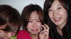 【少女 拷問】少年4人に女の子が何時間も殴られ蹴られて脱がされていくエグイいじめ