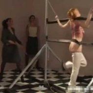 【エロ拷問】美女さんを拘束して半ケツにしひたすら130回ムチ打ってみた結果w痛がり方が斜め上だった模様www※無修正エロ動画