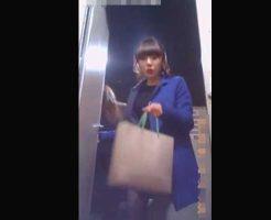 【本物盗撮】公衆トイレに隠しカメラ仕掛けた結果 お姉さんの生々し過ぎる放尿シーンが撮影できた件w ※無修正エロ動画