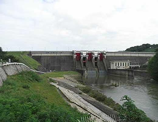 四十四田ダム風景写真