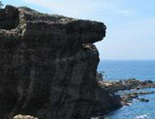ヤセの断崖風景写真