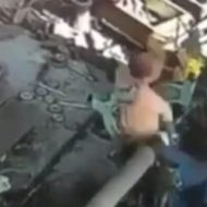 【死亡事故】工場機械に巻き込まれてゴミのように死んでいく人間の姿まとめたったw ※衝撃映像