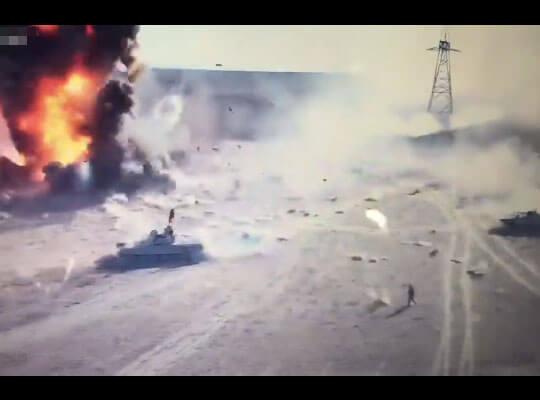 【衝撃映像】シリアの戦場をドローンで撮影した結果→自動車爆弾が兵士に向かって近づき爆発する近距離動画が怖すぎる・・・
