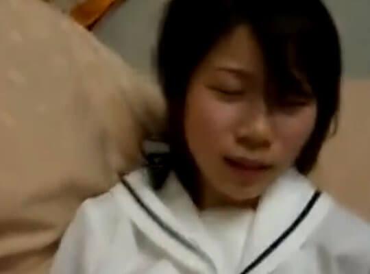 【ロリ無修正】まだJCのセフレと制服のままハメ撮りしたので今から晒してみるw ※エロ動画