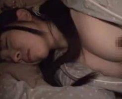 【近親相姦動画】寝ている妹のアナルに兄チンポぶち込んで昏睡レイプしてやったw