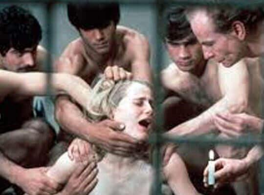 【本物レイプ】ギャングに誘拐された女が輪姦されていくガチ映像流出してた・・・