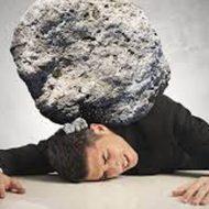 【グロ画像】コンクリートの塊を投げられて頭を潰された男性の死体・・・