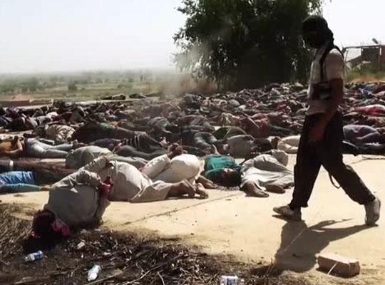 【ジェノサイド】これが虐殺かぁ… isis兵が流れ作業で1人ずつ銃殺 地面に散らばる無数の死体・・・
