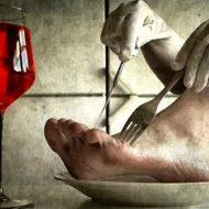 【カニバリズム】「歯ごたえがあって牛肉みたいだった」自分の足をタコスにして食した男性の記録 ※グロ画像あり