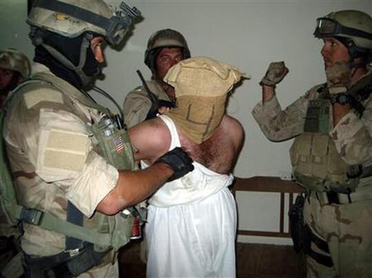 アブグレイブ刑務所における捕虜虐待