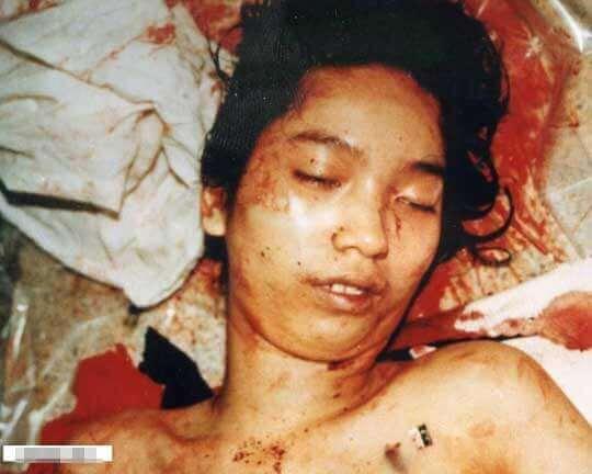 女性全裸死体エログロ画像