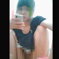 【jc 盗撮】※無修正 トイレに仕掛けられたカメラに撮影された美少女の放尿シーンwww