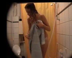【jk 盗撮】これマジ??? 高○生「彼女の全裸晒すから見てくれ!」 ※無修正