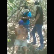 【グロ動画】メキシコ麻薬カルテルに生きたまま斬首された男性 死体は路上に置かれていた模様・・・