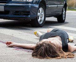 【閲覧注意】バイクに跳ねられトラックにトドメを刺されたマンさん ねじ切れる・・・