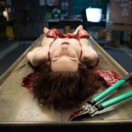 【女 死体】将来の女医のために女の子を使って解剖実習している様子がこちら・・・