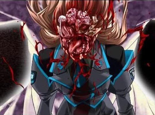 【閲覧注意】盛大に事故った女の子 おっぱい晒しながら顔面崩壊・・・