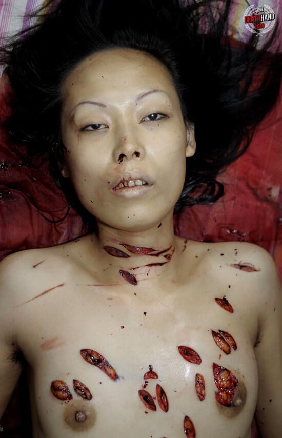 レイプされた上におっぱい刺されまくって殺された女さん、現場でスピード解剖すると臓器がかなり損傷していることが判明