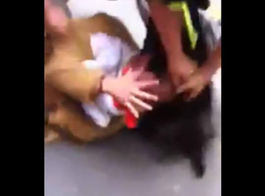 【いじめ】ベトナム少女が殴られながら脱がされ おっぱいとマンコを晒し上げられていく映像がこちら・・・