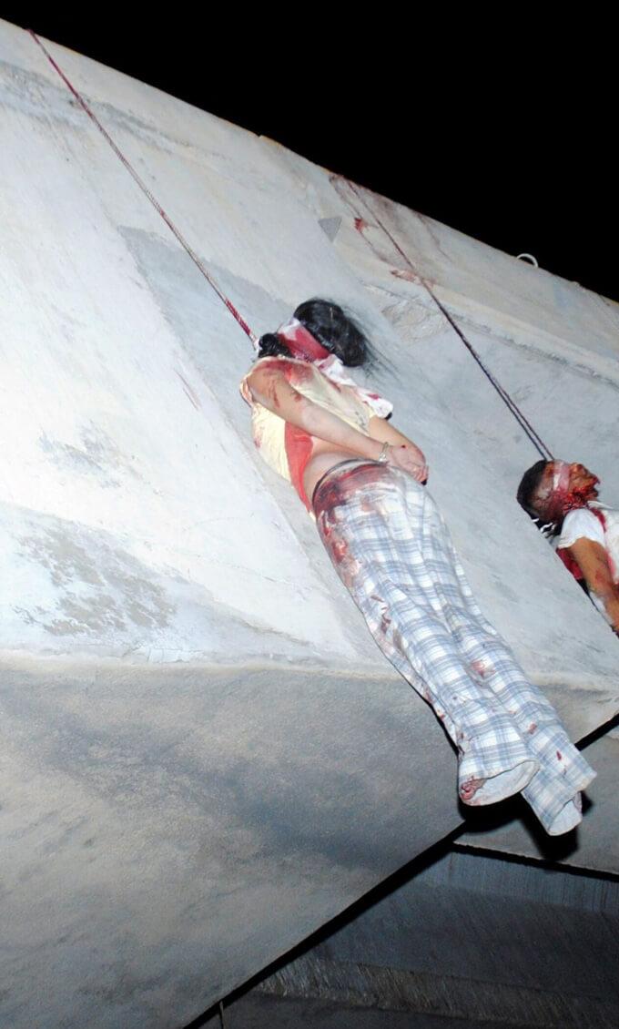 カルテルに反対するとこうなります…男女9人が見せしめのため絞首刑に処されてしまう