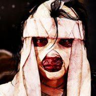電子レンジ使って油が爆発→大やけどした女さん、顔面に包帯巻いてピースサインする姿をインスタに上げてしまうwww