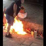 日本のバカッターとは次元が違うw海外DQNが男に火を放つホームレス狩りがマジで鬼畜ww