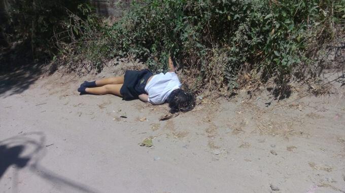 レイプ後に殺害か?12才の美少女の死体グロ画像がネットに流出!制服姿のJCが道路に無残に横たわる・・・