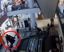 11歳の子供がエスカレーターから転落死。落ちる瞬間と直後の動画が拡散される・・・
