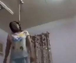 首吊り自殺の一部始終を生配信する女性…苦しさでビクンビクンと動く体が…