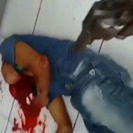 【閲覧注意】引き金を引くだけで簡単に人を殺せる凶器…銃殺の瞬間をまとめたオムニバス映像