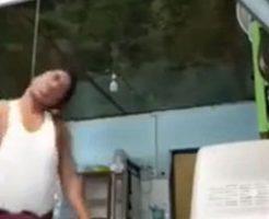 妻に浮気された男性が絶望して首吊り自殺を生配信
