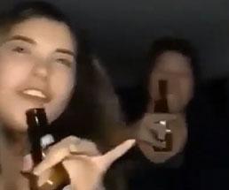 車内でお酒を飲む酔っ払いの女の子たちが自撮りで事故の瞬間を撮影w