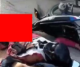 身体真っ二つで内臓飛び出し生肉丸見えなバイク運転手の死体…