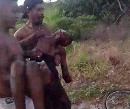 マチェーテで身体をボロボロにされた男性が見つかる