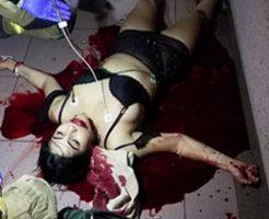売春婦が後ろから首を斬りつけられ殺害される
