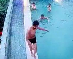 プールではしゃいでいた楽しい時間が一転して最悪の瞬間に…
