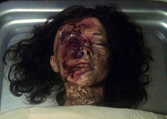美女の死体エログロ画像